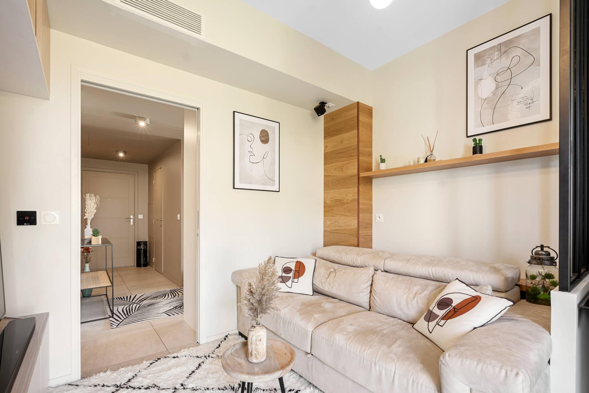 Décoration et agencement Appartement neuf Aix en Provence - salon avec séparation verrière, par Myll décors , Agence de décoration à Aix en Provence et dans le Var